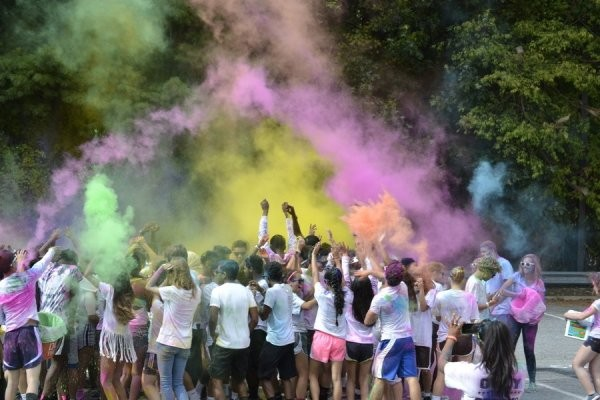 Sunny-Brook-High-School-2014-PurColour-Celebration-Powder-Color-Powder-Holi-Powder