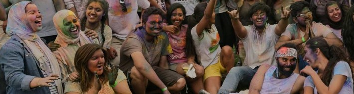 students celebrate holi at CU
